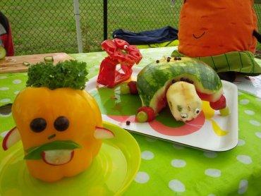 Sculptures de légumes au jardin